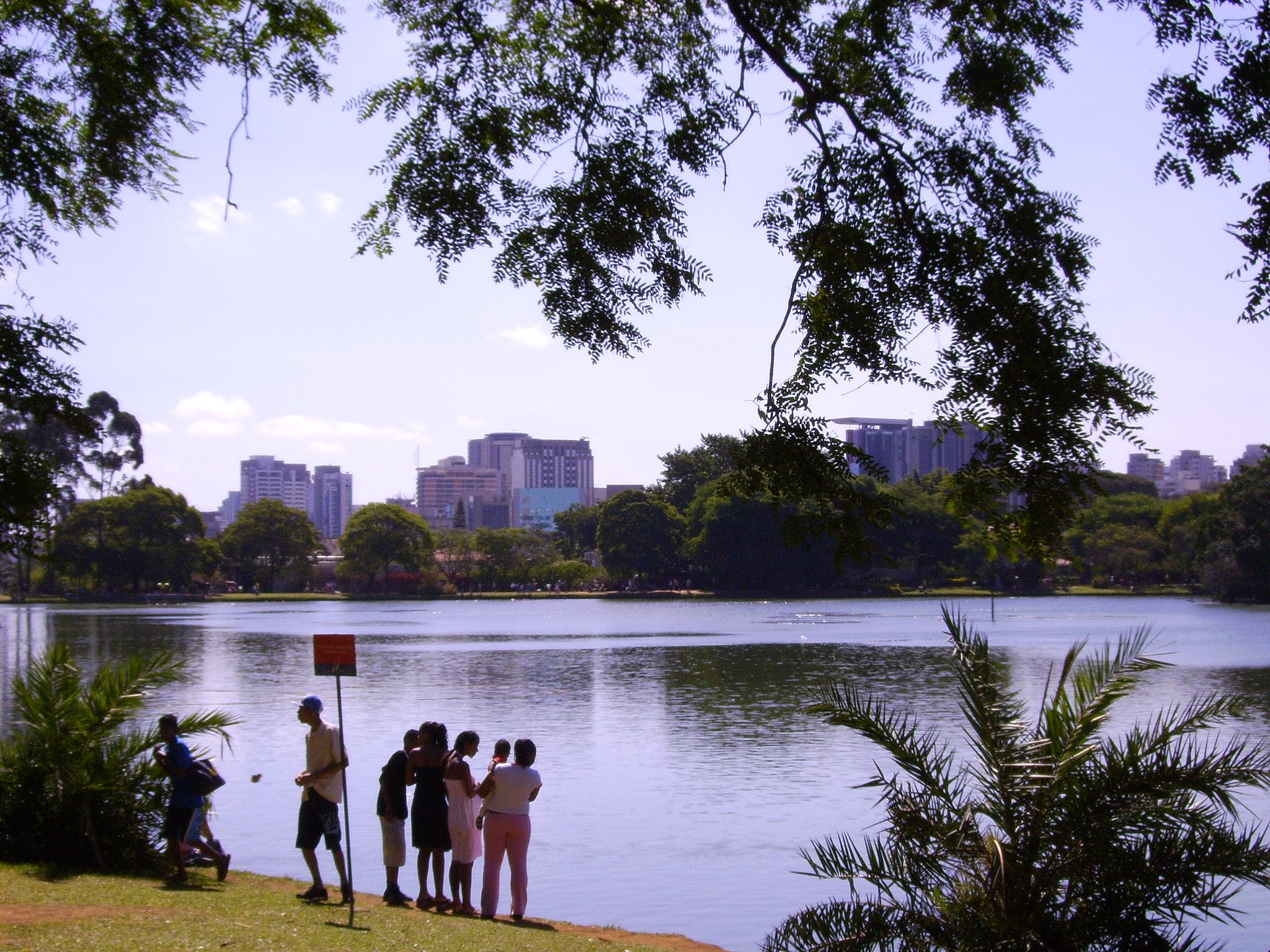 2560x1920 lake in parque do ibirapuera